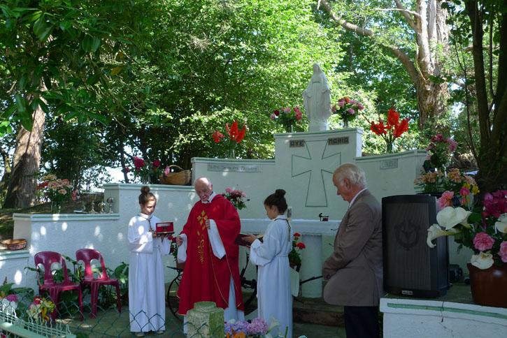 juiilet-Chapelleinauguration1